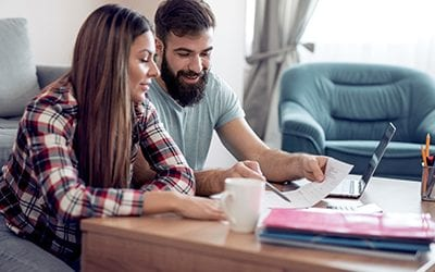 Spender vs. Saver: What to do when you and your partner don't see eye to eye
