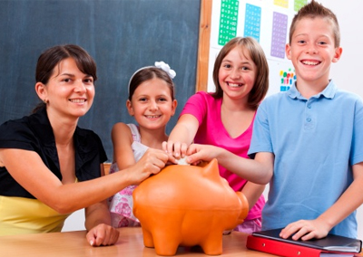 Easy Ways to Help Students Learn About Money | Bringing Financial Literacy Into the Classroom